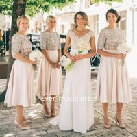 Billige Pailletten Kurzarm Tops Kaufen -Modest Short Brautjungfer Kleider 2017 Sequins Top Kurzarm Ärsche Zwei Stück Knielänge Maid Of Honor Kleider Billig Strand Hochzeit Party Kleider