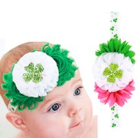 Wholesale Infant Lace Tops - 10PCS BABY St PATRICKS DAY GREEN HAIR BOW LACE HEADBAND NEWBORN INFANT GREEN FOUR LEAF CLOVER HEADBAND TOP FESTIVAL HAIRBOWS FREE SHIPPING