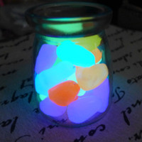 Livraison gratuite Glow in the Dark Stones Green Decor Garden Outdoor Pebble Luminous Rocks Aquarium Fish Tank Decor