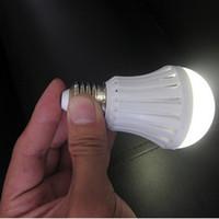 Wholesale Light Bulbs E27 5w - E27 LED bulbs emergency lamp 5W 7W 9W 12W Manual Automatic control 180 degree light Street vendors use working 3-5 hours