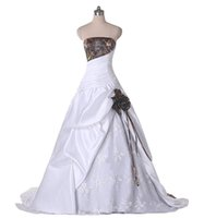 Wholesale Kinds Ball Gowns - 2017 Fashion Applique The latest in-kind pictures Elegant Classy Ball Gown Strapless Lace Camo Wedding Dress