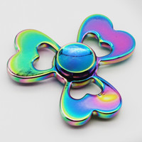 Compra Amore Giocattolo Cuore-Colorato arcobaleno Hand Spinner Love Heart EDC Fidget Spinner Lega Metal Trifoglio A forma di Handspinner EDC Finger Spinner Gyro Toy
