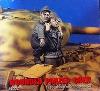 Wholesale Wwii Wholesale - Wholesale- 1 35 WW2 German WOUNDED PANZER CREW WWII Resin Model Kit figure Free Shipping