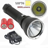 carregador de lanterna led à prova d'água venda por atacado-NOVO Lanterna Mergulho 6800Lumens CREE XHP70 32W Underwater 200M impermeável Lanterna Mergulho com 26650 bateria + Carregador