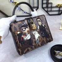 сумочка для наручного ремня оптовых-Покупка модный бренд 17DG ремешок сумка Сумка мафия кожа повседневная вышивка женская сумка
