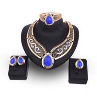 dama africana conjuntos de joyas al por mayor-Señoras de las mujeres Elegante azul grande Faux Gem gota de agua Pendientes Collar Pulsera Anillo Set Chapado en oro de lujo Bridals conjunto de joyas africanas