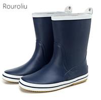 Wholesale Rainboots Male - New Arrivals Men's Fashion Mid-calf Non-slip Rain Boots Flat Heels Male Rubber Rainboots Waterproof Man Water Shoes TR233