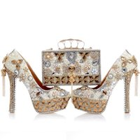 Wholesale designs bags shoes for sale - 2017 Newest Design White Pearl Wedding Shoes with Matching Bag Gorgeous Handmade High Heels Women Crystal Bridal Shoes