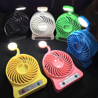 Wholesale Handle Mini Protable LED Light Ventilateur Clip Stand Table 360 ​​degrés Rotate Fan Echappement Ventalation Gadgets USB Ventilateurs de radiateur AC