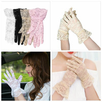 Wholesale Ladies Gloves Driving Sun Protection - 4 colors Lace Gloves Wedding Party Bridal Gloves Lady Car Drive Sun Protection Mittens Wrist Length Full Finger Gloves Sexy Fashion YYA88