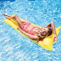 Random Color Inflable Pool Float Swimming Cama flotante Agua Hamaca Recreación Beach Mat Mattress Lounge Cama Silla Piscina Free Inflator