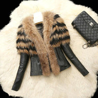 Wholesale Short Black Leather Coats Women - Leather suede aviator jacket Profile lambs fur collar leather jackets couples shearling coat hooded warm parkas FS0940