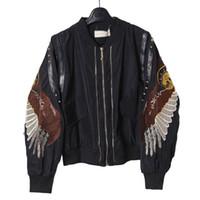 ingrosso giacca d'angelo delle ali-2017 Autunno Donne Angel Wing ricamo Bomber Jacket Rivet Stand giacche a collo breve Outwear per le donne cappotti di base