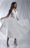 Wholesale Short Sexy Halter Dress - Short Summer Beach Wedding Dresses 2017 Vestido De Noiva Merry Sexy V neck Halter A line Pleated Chiffon Beading Tea Length Bridal Gowns
