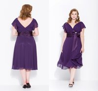 Wholesale Tea Length Bridal Party Dresses - Plus Size Grape Mother of the Bridal Groom Dresses for Wedding Party Tea Length Fashion Chiffon Short V Neck Summer Beach for Godmother