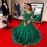 elegantes vestidos de fiesta verde esmeralda al por mayor-Vestidos de gala elegantes y de talla grande 2019 Robe Longue Manche Longue Soiree Emerald Green Vestido de fiesta Manga larga Vestidos de baile