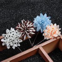 alfileres florales de solapa al por mayor-Broches de flores hechas a mano Dot Stripped Floral Solapel Pins Hombres Ramillete Boutonniere Novio Wedding Brooch Pins Regalo nupcial de la joyería de la boda