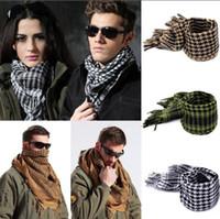 arab scarf venda por atacado-Arab Shemagh Keffiyeh Palestina Lenço 110 * 110cm Men Shawl Wrap Echarpe Cascos Algodão Scarf militar 7 cores OOA2790