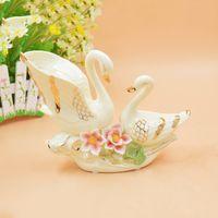 Wholesale European Style Porcelain Ceramic - Fashion European Ceramics Arts And Crafts Ivory Porcelain Home Furnishing Arts And Crafts European ceramic crafts Home Furnishing floral orn