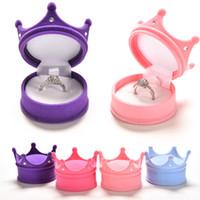 krone zeigt großhandel-1 stück Schöne Samt Crown Shell Schmuck Box Halskette Ohrring Box Engagement Hochzeit Anhänger Display Box Schmuck Lagerung