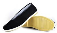 pisos negros chinos al por mayor-Zapatos de Kung Fu chinos Bruce Lee estilo hechos a mano zapatos de tela de Pekín Pisos hombres Zapatos de barco negro transpirable padre Zapatos Casual