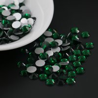 Nail Decoration Lovely Bright Shine Prix bon marché Très grande taille SS3-SS30 Crystal Glass Emerald Couleur Non Hotfix Rhinestone
