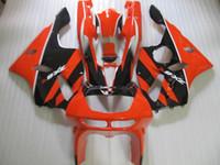 обтекатель zx6r 95 красный оптовых-Бесплатные 7 подарков обтекатель комплект для Kawasaki Ninja zx6r 1994-1997 красный черный мотоцикл обтекатели набор zx6r 94 95 96 97 OT18