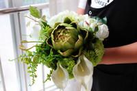 lila kaskadierende blumen großhandel-Europäische Retro Palast-Braut, die Blumenstrauß-künstliche Cascading Silk Hochzeits-Blumen-Grün-purpurrote Blume 20cm neu hält