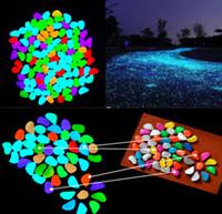 ingrosso pietre scure-5pcs / lot Glow In The Dark Ciottoli Pietra Home Decor Passerella Acquario Serbatoi di pesce