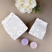 Wholesale Laser Cut Wood Box - White Paper Wedding Favor Box Laser Cut Flower Wedding Candy Boxes Party Gift Giving Souvenir Free Shipping ZA3842
