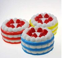 Wholesale 2017 hot sale Squishy Slow Rising Strawberry Cake and Heart shaped cake Slow Rising s Cream Cake