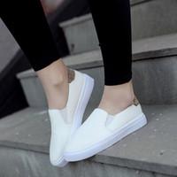 Wholesale Plat White - Hot Sell Ladies White Flats Round Head Women Plat Shoes 2017 Spring Slip on Shoes Platform Lazy Flats Shoes Black Flats Sandals