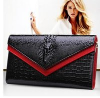 Wholesale Handbags Pu Usa - European and USA style leather handbag women's fashion crocodile grain bag selling small black diagonal cross single shoulder evening bag