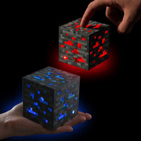 Minecraft LED Light Up Redstone Ore Square Torch Night light Minecraft Figure Toys Diamond Ore à main ou à montage mural Light Light Q0001