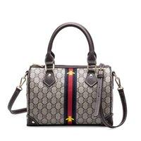 Wholesale England Bags - Famous Brand Women Bags Designer Luxury Handbags Fashion Handbag Shoulder Lady Pattern Bag Small Bee Packet Bag Crossbody Bags