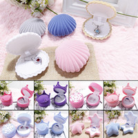 Wholesale Fabric Pendants - Cute Candy Color Wedding Elegant Shell Shape Velvet Jewelry Rings Box Pendant Locket Container Case New