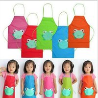 Wholesale Waterproof Cute Kids Apron Cartoon Frog Printed Painting Cooking Sleeveless Wasit Apron for Children with PVC Material