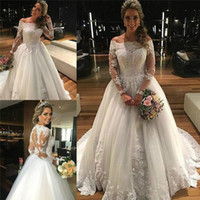 Wholesale Manga Cover - Garden Off Shoulder Princess Wedding Dresses 2017 Long Sleeved Winter Vintage Bridal Gowns Tulle Appliqued Lace Vestido De Noiva Manga Longa