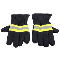 Wholesale Reflective Fire - Fire Protective Gloves Anti-fire Equipment Fire Proof Waterproof Heat -Resistant Flame-retardant Gloves With Reflective Strap S1025