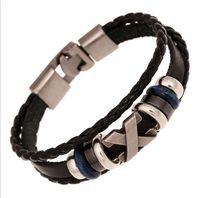 ingrosso pulsanti di legno nero-Uomo Multi Rows Wrap Bracciali in pelle X lega di legno perline metallo pulsante braccialetto di fascino nero / marrone / bianco gioielli uomo regalo 10 pezzi