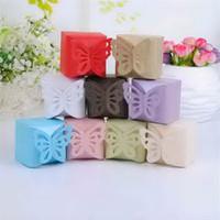 kelebek kutuları iyilikleri toptan satış-Toptan-Ücretsiz Kargo Kelebek Stil Favor Hediye Şeker Kutuları Düğün Iyilik Için (Daha Fazla Renk) 48 adet