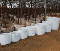 ingrosso dimensioni della vasca di fiori-10 Size Opzione tessuto non tessuto Riutilizzabile Soft-Sided altamente traspirante Grow Pots Planting Bag con manici Price Cheap Large Flower Planter