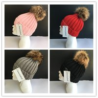 Wholesale Large Beanie Men - Women Fashion Winter Knitted Beanie Real Raccoon Fur Soft Large Ball Bobble Pom Hat