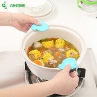 Wholesale Oven Clip - Wholesale- Multi-insulated Cooking Silicone Dish Clip Taken Against Hot Kitchen Microwave Oven 3 Colors Buttery Pad