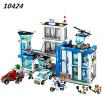 AIBOULLY 2017 Nuovo 890 pz 10424 City Police Station building blocks Action Figures set elicottero cella di prigione Bringuedos 60047