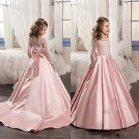 vestido caliente llevar chicas al por mayor-Pink Hot Mangas largas Niñas Vestidos del concurso con nudo de arco Delicado vestido de bola Longitud del piso Vestidos de niña de flores Formal viste BA4261