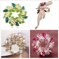 Wholesale Ornament Brooch - Wholesale South Korea Brooches High-grade Crystal Diamond Brooch Rhinestone Bauhinia Brooch Peacock Pins Ornaments For Women