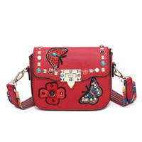 tienda de mariposas al por mayor-5 colores folk-custom Niños de Cuero Monedero Baby Messenger Bag Adolescentes bolsas de compras Mariposa bordado bolsa de Hombro para Niñas C2457