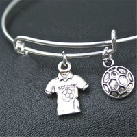 12pcs Soccer Charm Bracelet Soccer Charm Bracelet Mesdames SOCCER World Cup argent ton