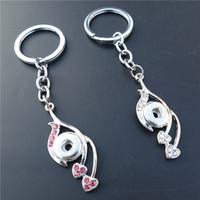 kalp anahtar zincir elmas taklidi toptan satış-Pembe Beyaz Mix Akıllı Rhinestone Kalp Yaprak Anahtarlıklar Noosa Topakları Metal Zencefil 12mm Yapış Düğmeler Anahtar Zincirleri Kadın Takı Toptan
